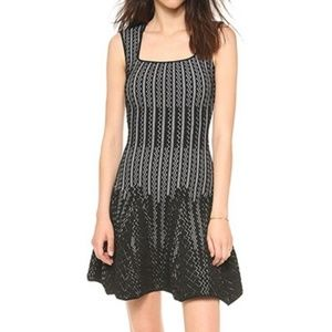RVN | Beautiful black & white fit and flare dress